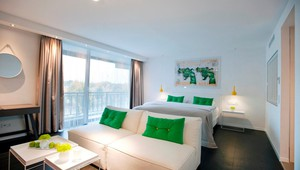 JuniorSuite Green
